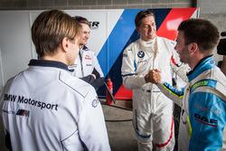 Обладатели поула Аугусту Фарфус, Час Мостер и Марко Виттман, Team Schnitzer BMW, и Филип Энг, BMW Te