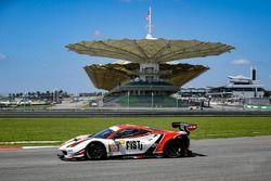 #90 FIST-Team AAI Ferrari 488 GT3: Ollie Millroy, Marco Cioci