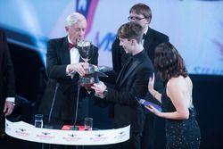 McLaren Autosport BRDC Award winnaar Dan Ticktum met John Fitzpatrick