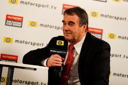 Nigel Mansell habla con Peter Windsor para Motorsport TV
