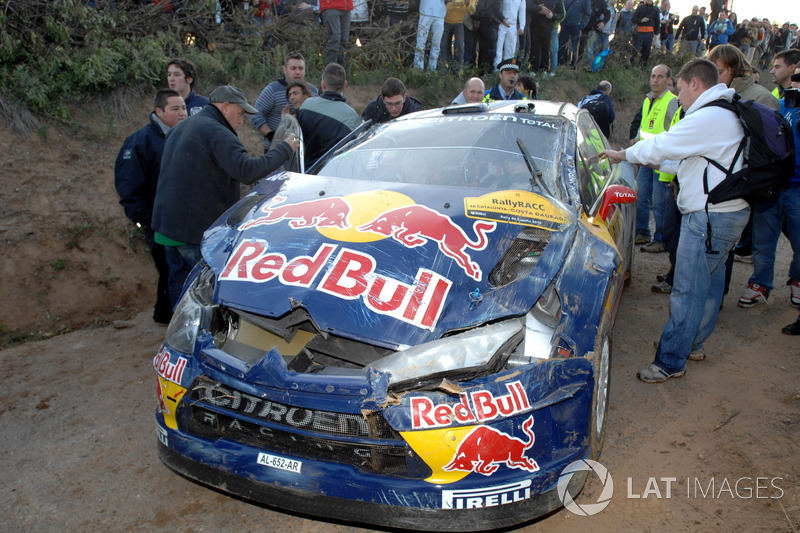 Kimi Räikkönen, Kaj Lindström, Citroën C4 WRC after the crash
