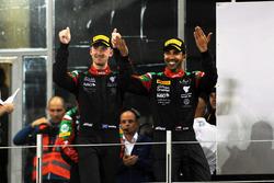 أحمد الحارثي على منصة تتويج سباق الخليج 12 ساعة لموسم 2017