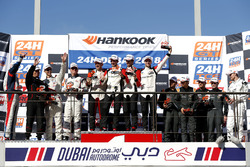 Podium SPX: Winnzzrs #37 Tsunami R.T. Porsche 991 Cup MR II: Andrii Kruglyk, Come Ledogar, Oleksandr