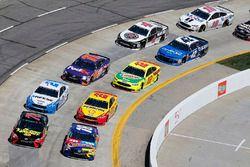 Kyle Busch, Joe Gibbs Racing, Toyota Camry M&M's Caramel Martin Truex Jr., Furniture Row Racing, Toyota Camry 5-hour ENERGY/Bass Pro Shops