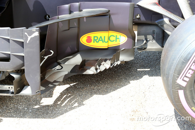 Red Bull Racing RB14 detalle