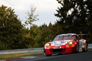 #31 Frikadelli Racing Team Porsche 911 GT3 R: Lance David Arnold, Felipe Fernàndez Laser