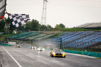 Race winners #88 Akka ASP Team Mercedes-AMG GT3: Raffaele Marciello, Michael Meadows