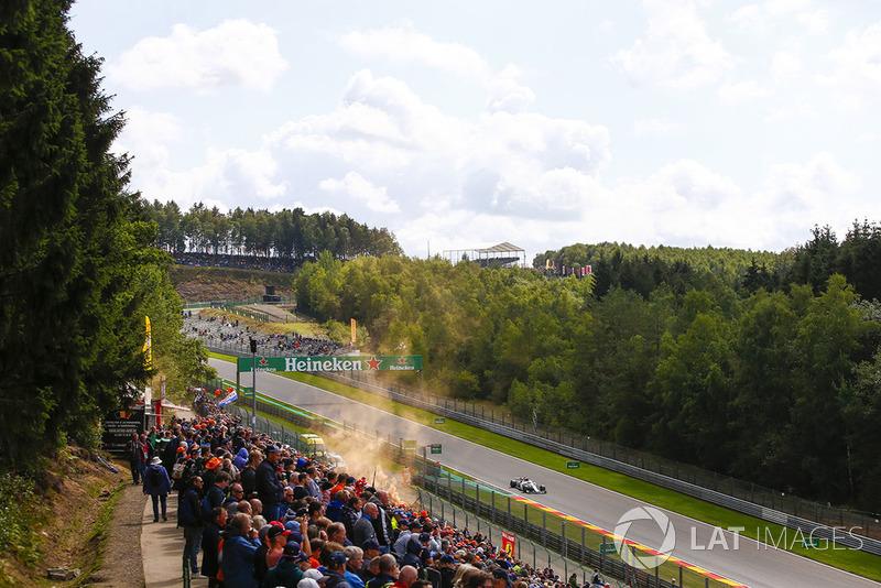 Charles Leclerc, Sauber C37, y aficionados holandeses