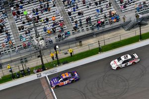 Denny Hamlin, Joe Gibbs Racing, Toyota Camry FedEx Possibilities and Brad Keselowski, Team Penske, Ford Fusion Discount Tire