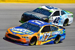 Ricky Stenhouse Jr., Roush Fenway Racing, Ford Fusion SunnyD and Kyle Larson, Chip Ganassi Racing, Chevrolet Camaro DC Solar Vegas Strong