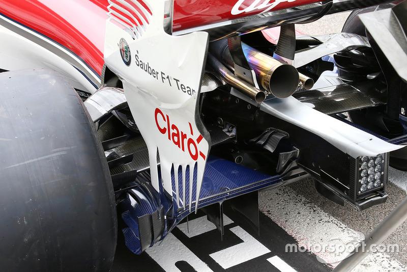 Sauber C37 rear