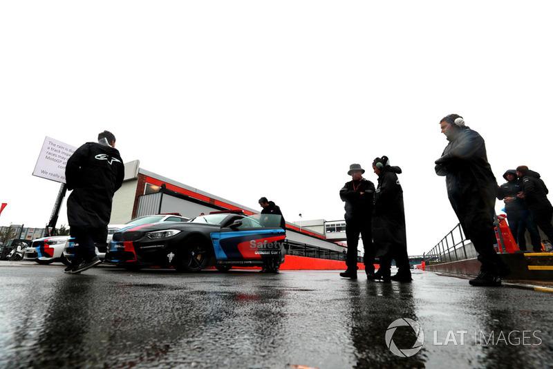 Silverstone mojado