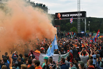 Fans and and flares