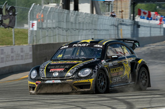 Front suspension failure for Tanner Foust, Volkswagen