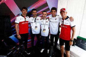 Marcus Ericsson, Charles Leclerc, Sauber con pilotos de eSports