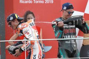 Podium: racewinnaar Marc Marquez, Repsol Honda Team, tweede plaats Fabio Quartararo, Petronas Yamaha SRT