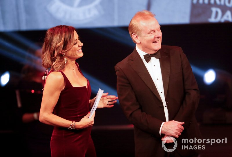 Natalie Pinkham, Sky TV, e Jonathan Palmer sul palco