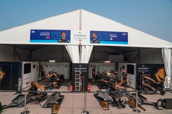 Garages of Antonio Felix da Costa, DS Techeetah, DS E-Tense FE20, Jean-Eric Vergne, DS Techeetah, DS E-Tense FE20