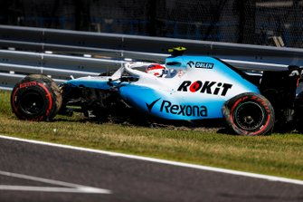 Robert Kubica, Williams FW42, crashes in Q1