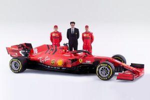 Sebastian Vettel, Ferrari, Charles Leclerc, Ferrari, Mattia Binotto, Team Principal Ferrari, Ferrari SF1000