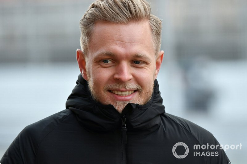 #12: Kevin Magnussen (Haas) - 930.000 Follower