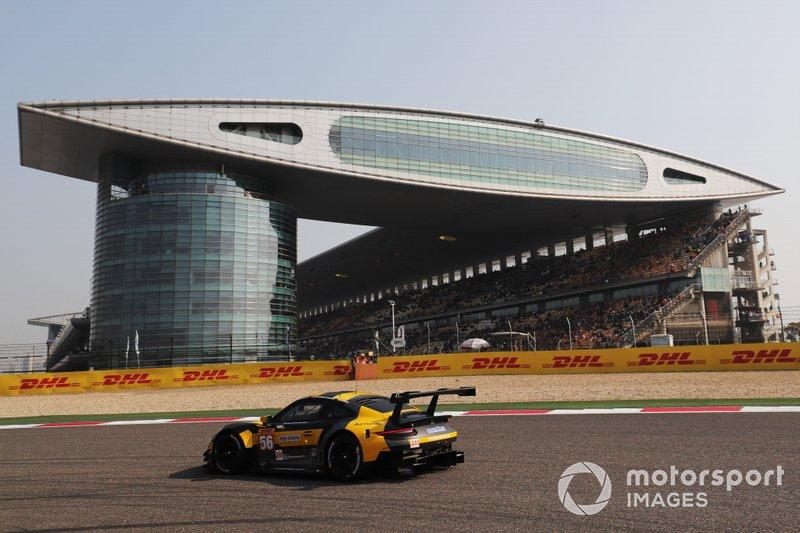 #56 Team Project 1 Porsche 911 RSR: Egidio Perfetti, David Heinemeier Hansson, Matteo Cairoli