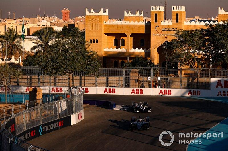 Stoffel Vandoorne, Mercedes Benz EQ, EQ Silver Arrow 01, Nico Müller, GEOX Dragon, Penske EV-4