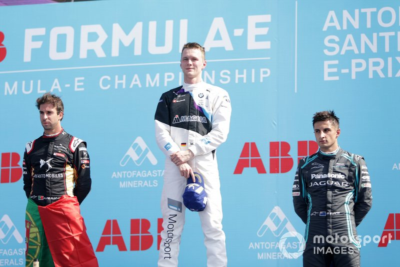 Race winner Maximilian Günther, BMW I Andretti Motorsports on the podium with Antonio Felix da Costa, DS Techeetah, 2nd position, Mitch Evans, Jaguar Racing, 3rd position