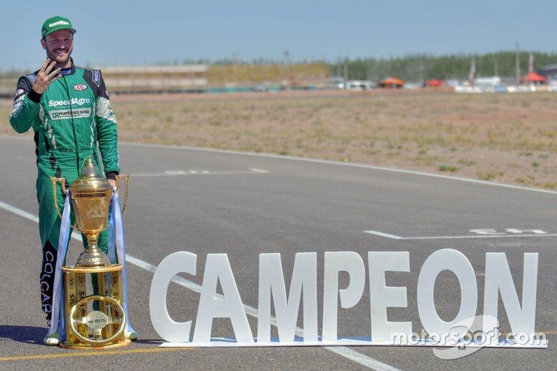 Campeón Agustín Canapino, Canapino Sports