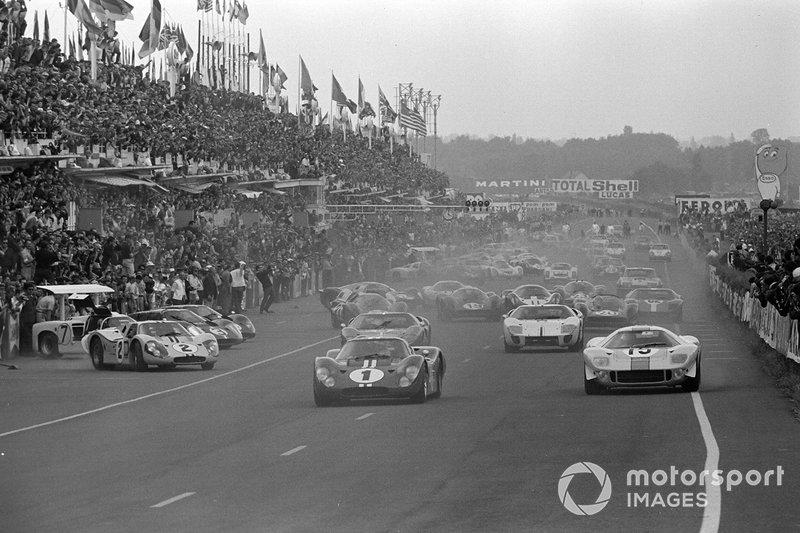 Dan Gurney, A.J. Foyt, Shelby American, Brian Muir, Jacky Ickx, John Wyer Automotive, Mark Donohue, Bruce McLaren, Shelby American