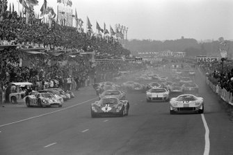 Dan Gurney, A.J. Foyt, Shelby American, Brian Muir, Jacky Ickx, John Wyer Automotive, Mark Donohue, Bruce McLaren, Shelby American