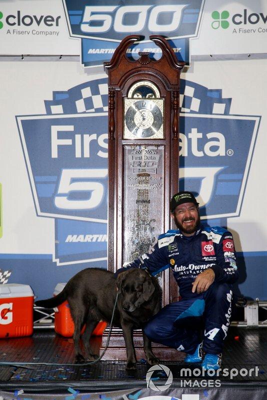 Race winner Martin Truex Jr., Joe Gibbs Racing, Toyota Camry Auto Owners Insurance