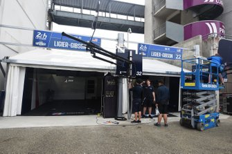 United Autosports team area on pitlane