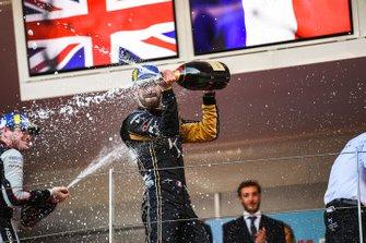 Podio: ganador de la carrera Jean-Eric Vergne, DS TECHEETAH