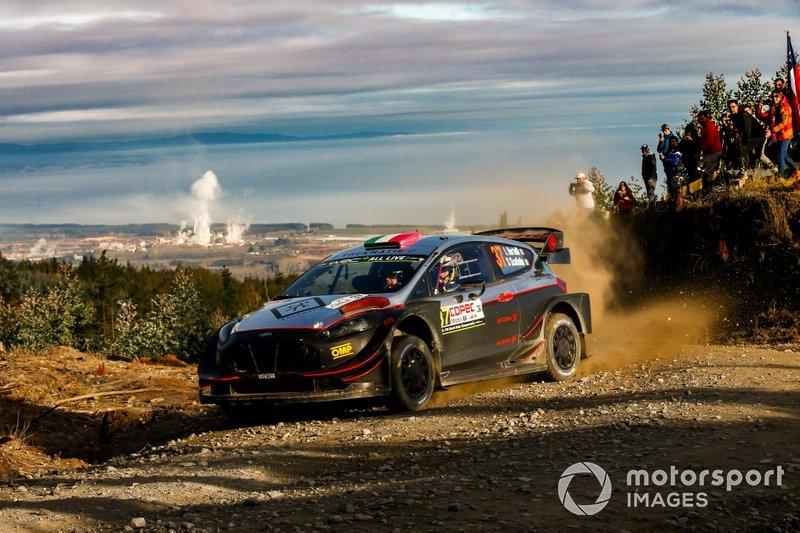 Лоренцо Бертелли и Симоне Скаттолин, Ford Fiesta WRC