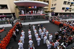 Una brass band suona l'inno nazionale per la cerimonia del podio