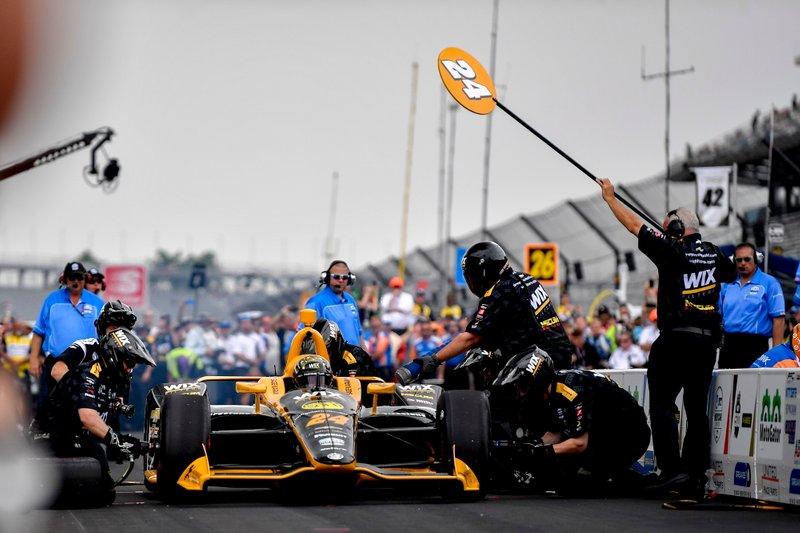 Sage Karam, Dreyer & Reinbold Racing Chevrolet, durante la competencia de Pit Stop
