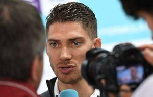 Edoardo Mortara, Venturi Formula E, talks to the press