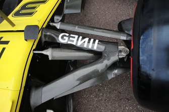Renault F1 Team front suspensionl detail