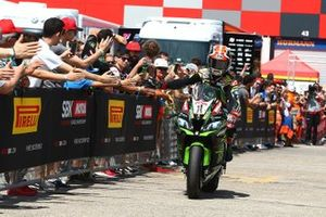 Jonathan Rea, Kawasaki Racing Team takes pole
