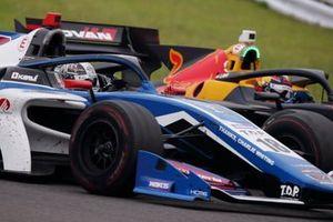 Камуи Кобаяши, carrozzeria Team KCMG, и Лукас Ауэр, B-MAX Racing with Motopark