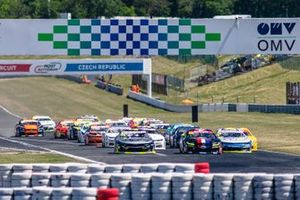 Start der NASCAR-Euroserie 2019 in Most