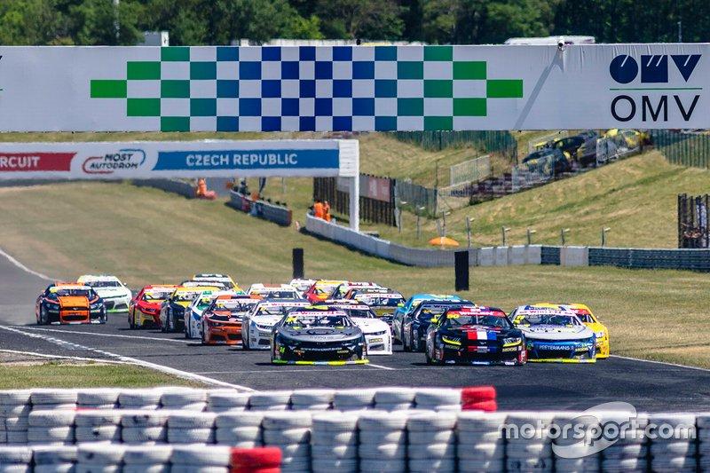 Start der NASCAR-Euroserie 2019 in Most