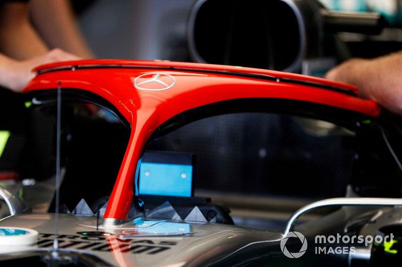 El Halo de Mercedes AMG F1 W10 homenajeando a Niki Lauda