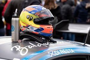 Шлем гонщика R-Motorsport Пола ди Ресты