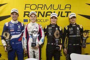 Race 2 winnaar Oscar Piastri, R-ACE GP, tweede Alexander Smolyar, R-ACE GP, derde Victor Martins, MP motorsport, rookie Caio Collet, R-ACE GP