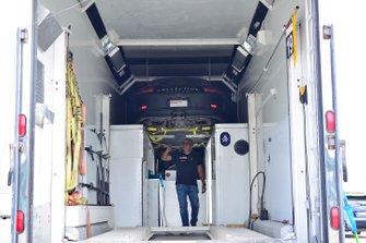 Crews unload the #18 MP1B Porsche 991 driven by Juan Fayen & Anselmo Gonzalez of Formula Motorsport