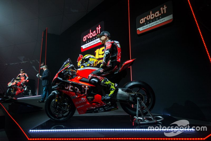 Chaz Davies, Aruba.it Racing-Ducati SBK Team; Alvaro Bautista, Aruba.it Racing-Ducati SBK Team
