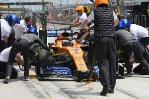 Пит-стоп: Карлос Сайнс, McLaren MCL34