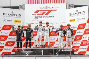 Race 1 podium GT3 celebrations